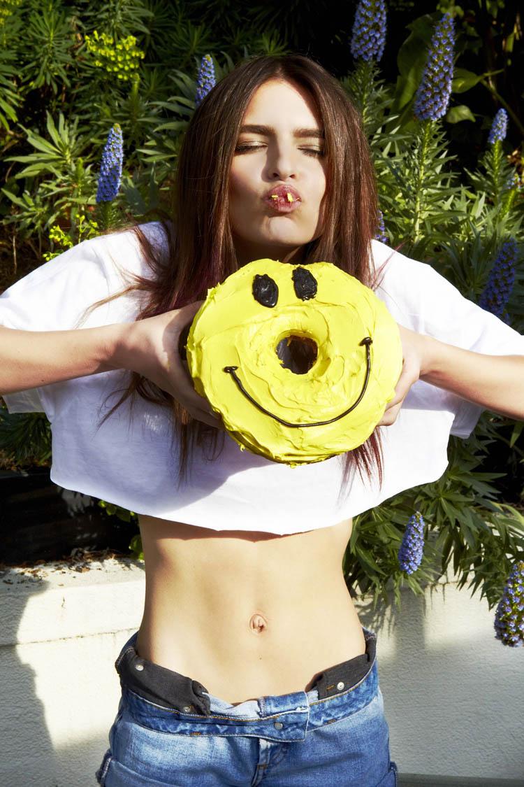 ShockBlast-Emily-Ratajkowski-supreme-superette-1