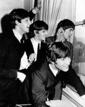 awww-love-them-the-beatles-47482951
