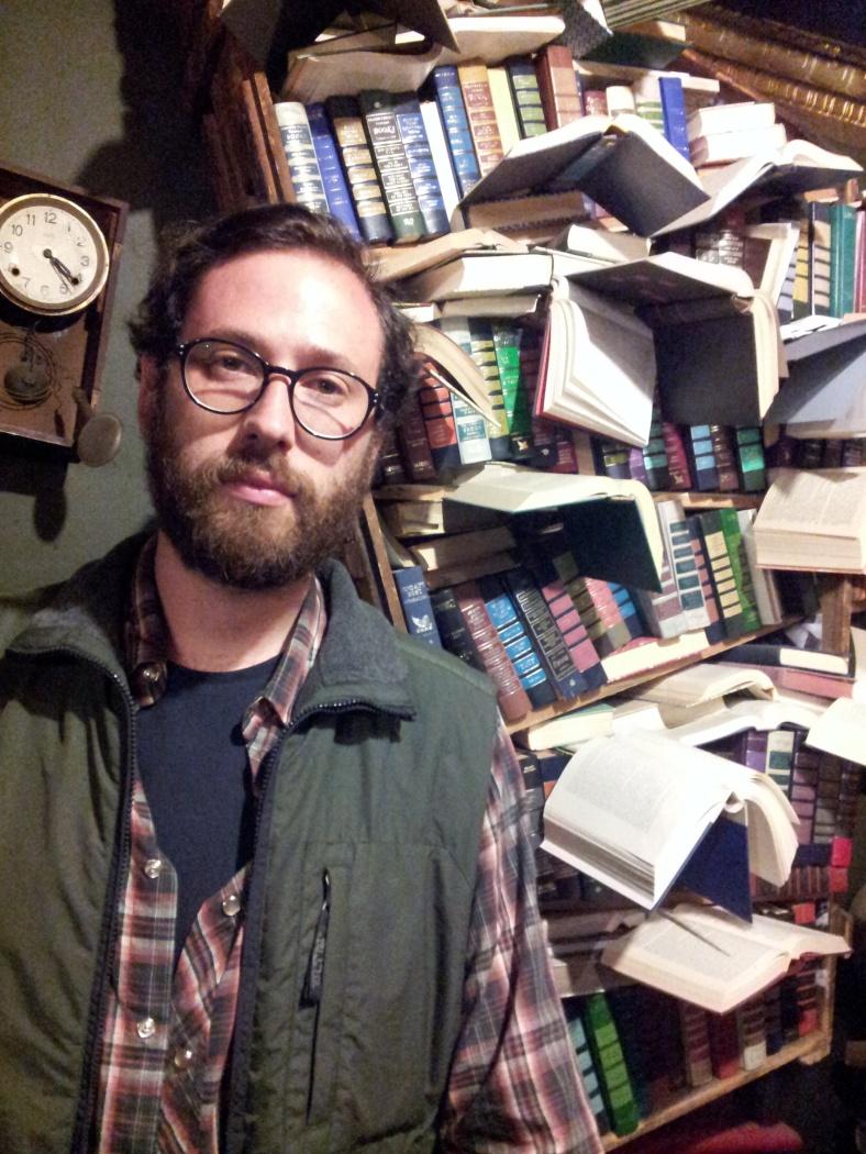 Foto libreria LA E TAUB II